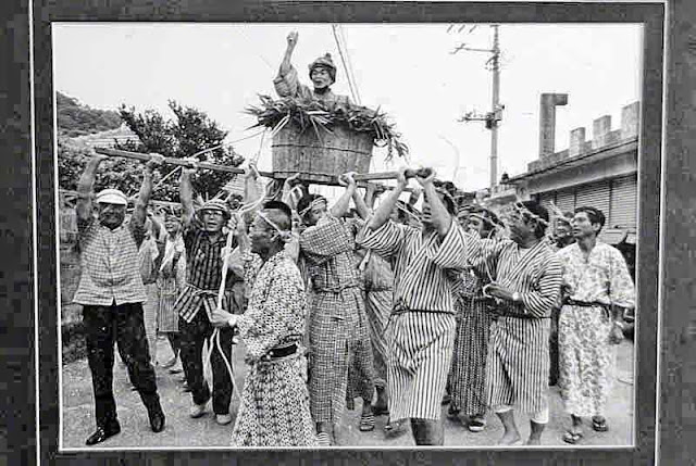 ritual, men, black and white,wooden tub