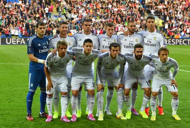 Download This Real Madrid Team Wallpaper Picture