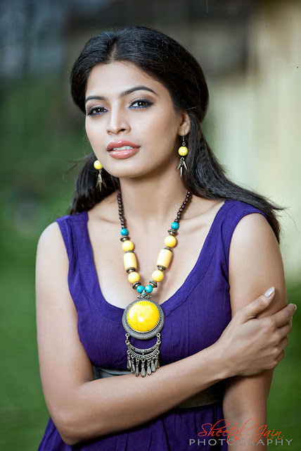 Sanchita shetty Actress photos in Badmaash  Kannada film