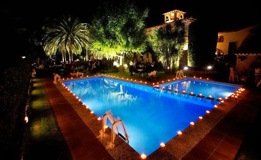 Misteragua iluminaci n y decoraci n para piscinas for Ideas para decorar piscinas