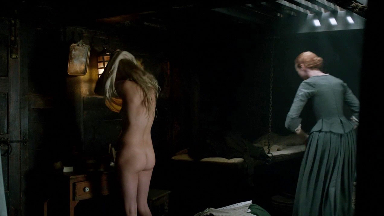 Butt Queen Hannah New Shows Naked Ass in 'Black Sails'