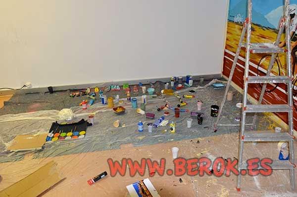 Pintura plástica, acrílicos y temperas para pintar el mural