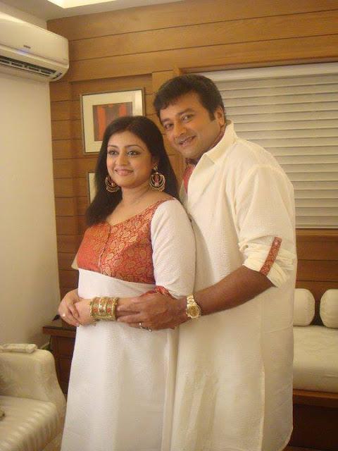 Malayalam Actor Jayaram Family Photos Mere Pix | Holidays OO - photo#36