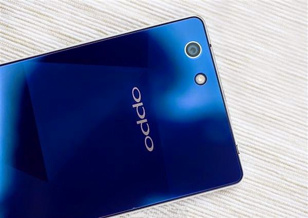 Oppo R1C: Stylish And Sleek Smartphone With Sapphire Glass Panel, Set To Launch On January 14th