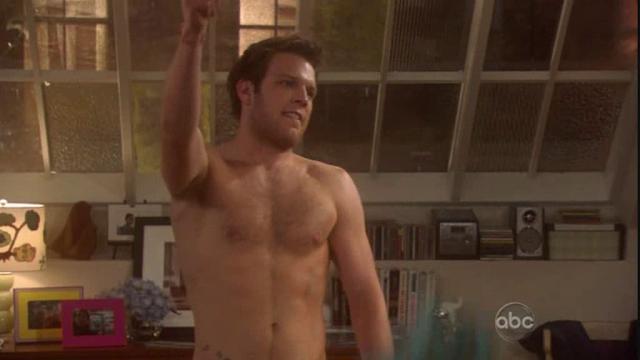 Jake McDorman as Brian Finch shirtless in Limitless 1×07