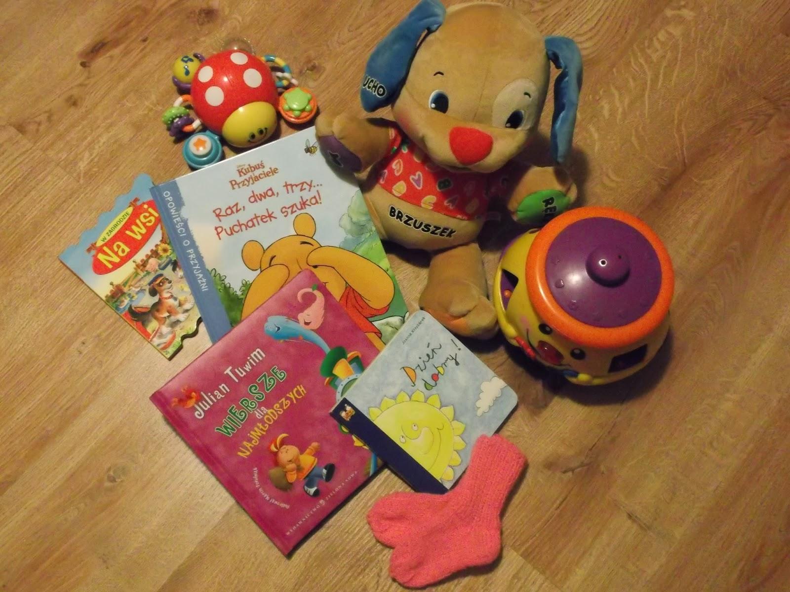Szczeniaczek Uczniaczek, Garnuszek na klocuszek, biedronka, książeczki, skarpetki dla niemowlaka, Kubuś Puchatek