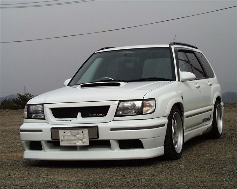 Subaru Forester I-gen. SF 1997 2002 japoński samochód terenowy suv 日本車 スバル