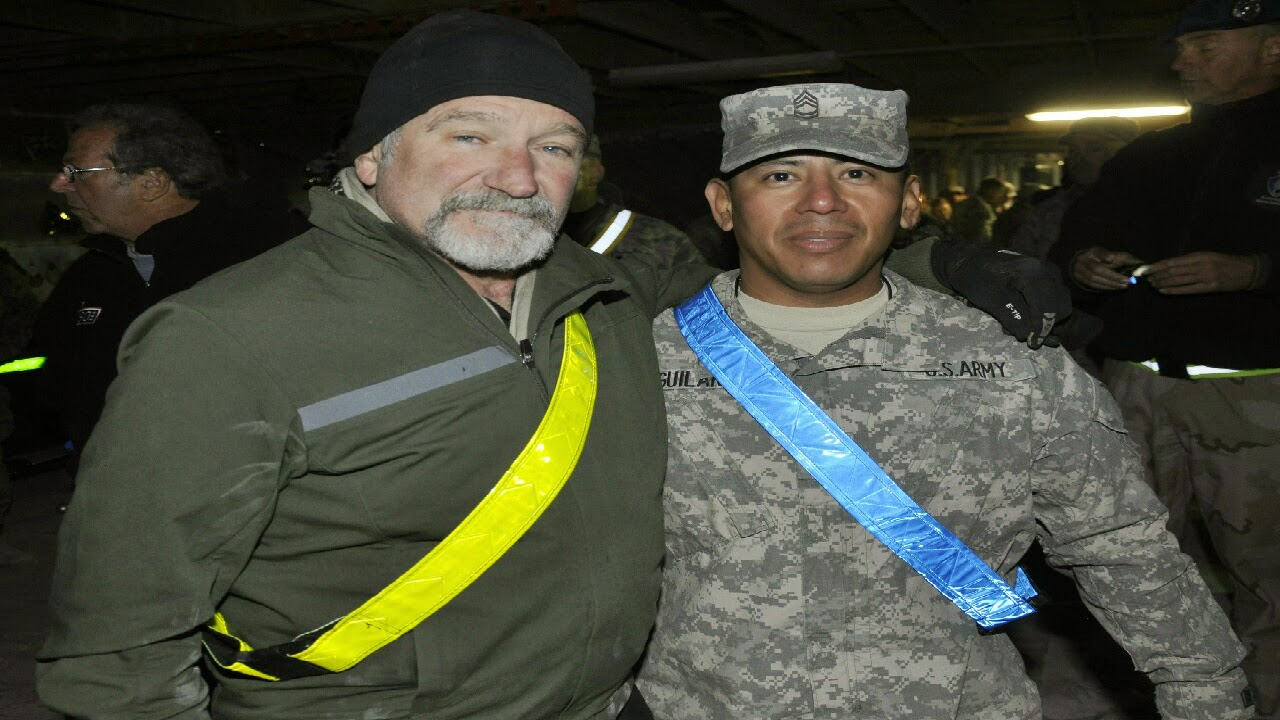 US army releases footage of Robin Williams entertaining troops