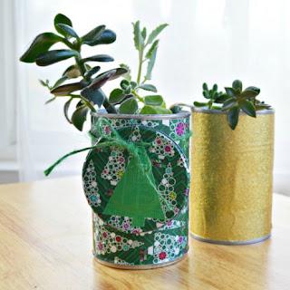 cara memanfaatkan kaleng bekas untuk dijadikan Vas bunga