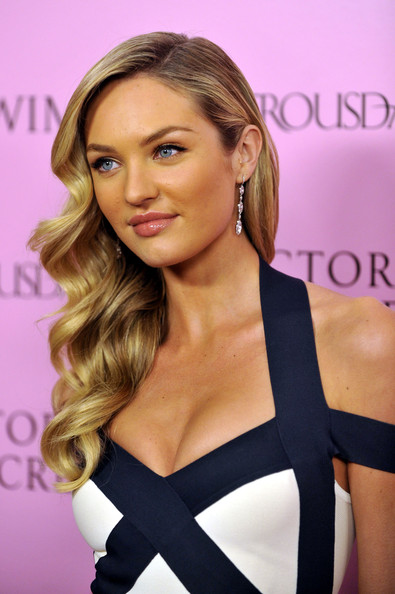 Long Wavy Cute Hairstyles, Long Hairstyle 2011, Hairstyle 2011, New Long Hairstyle 2011, Celebrity Long Hairstyles 2311