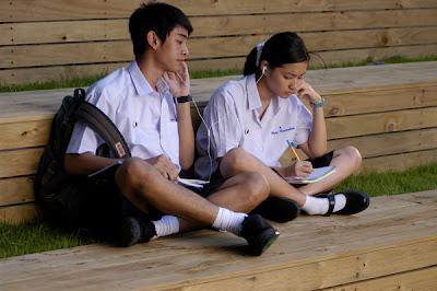 ประเพณีไทย กับ วัยรุ่นสมัยใหม่