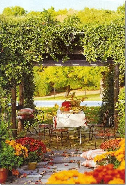 Party resources fall outdoor decor for Fall patio decorating ideas