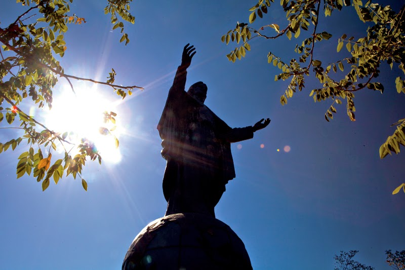 Christo Rei, Statue in Dili, Tourism Dili, Timor Leste, Dili, Bobonaro, Aimara, Aileu, Seloi Lake, Los Palos, Atambua, Cristo Rei, Timor Leste, Dili Port,Tibar Beach, Fatucama, Timor Leste Images