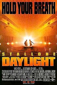 Sinopsis Film Daylight (1996)