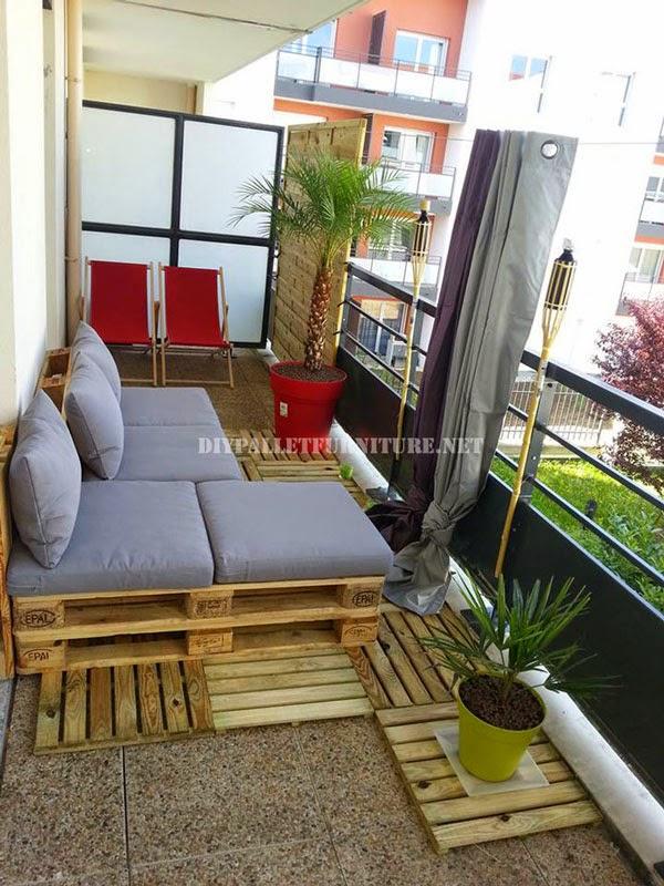 2 sofas exteriores hechos con palets for Asientos para palets