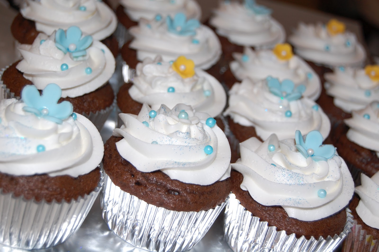 Baby Shower Cupcakes Blue ~ Customised cakes by jen baby and duckie blue baby shower cake and