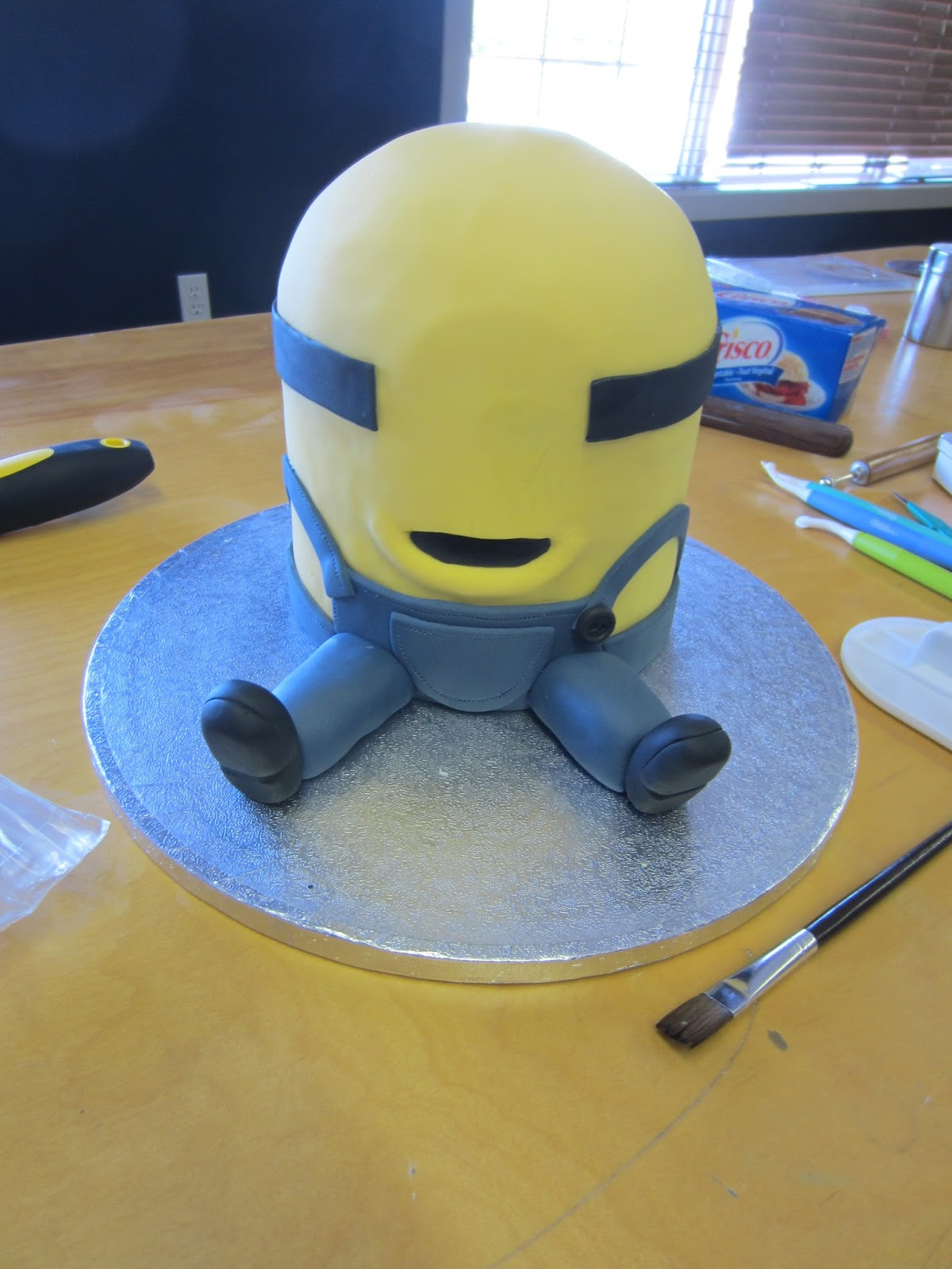 minion cake template wwwimgkidcom the image kid has it With minion template for cake