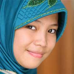 Daftar Nama Bayi Perempuan Islam (N) dan Artinya