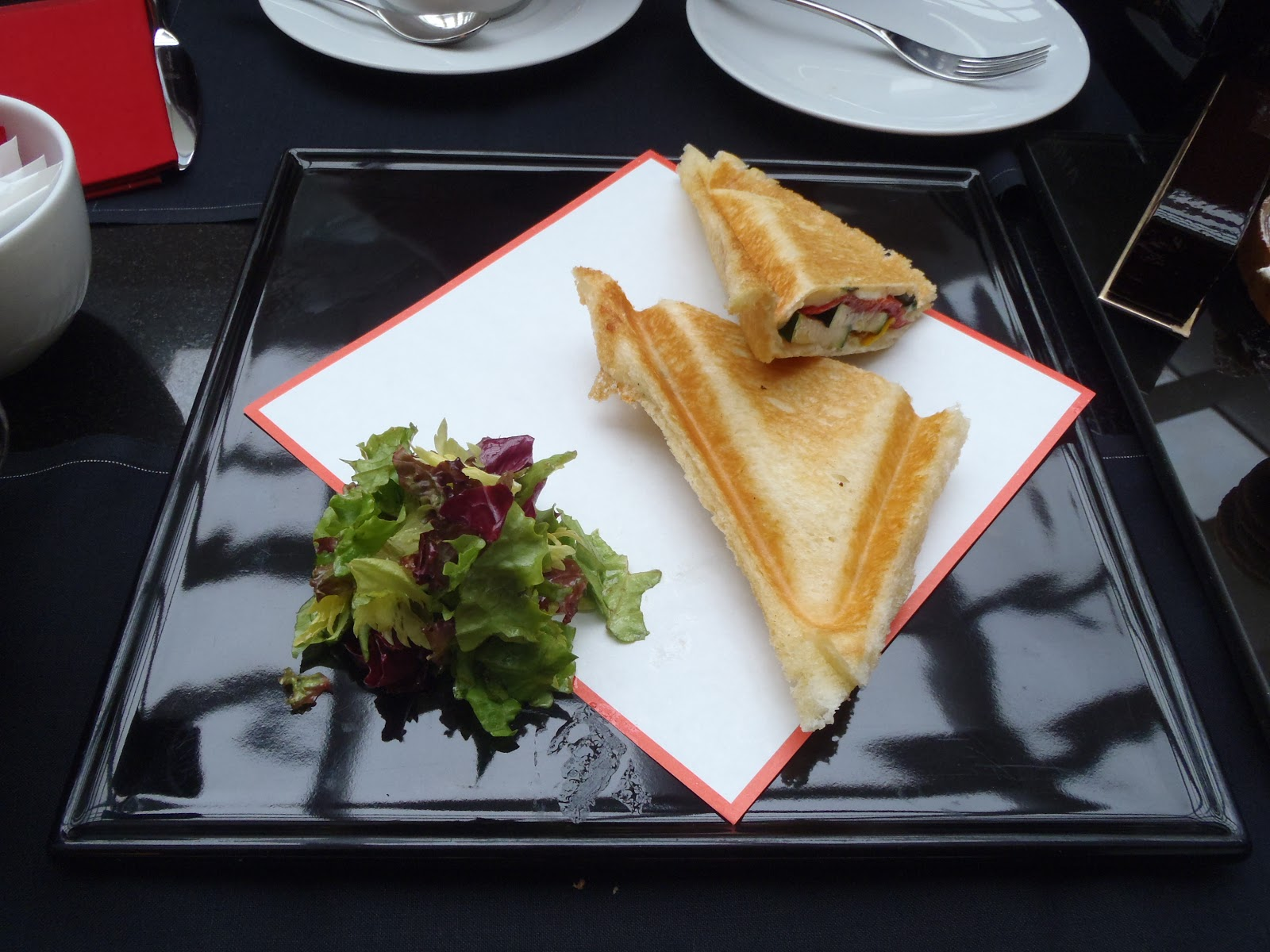 Just a rumbly in my tumbly salon de the de joel robuchon - Salon de joel robuchon ...
