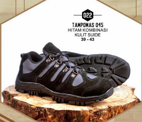 Sepatu Gunung Tampomas