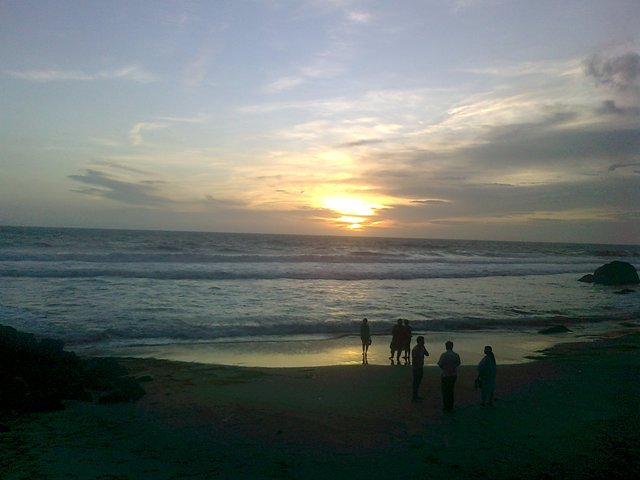 kovalam beach sunset photo