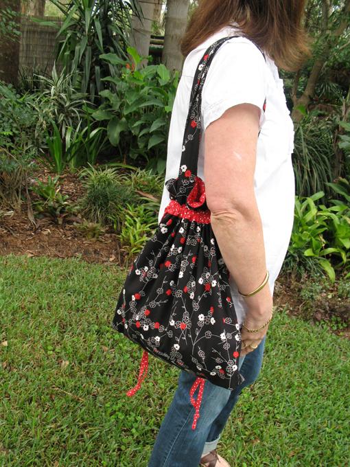 Drawstring Shoulder Bag Tutorial 67