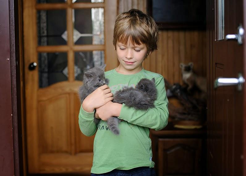 vaikai su gyvūnais