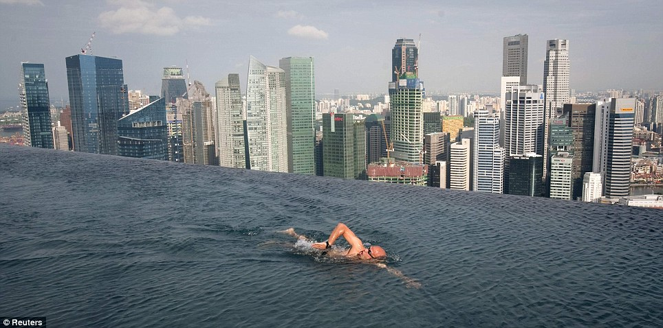 Amazing pictures 4bn marina bay sands resort singapore - Marina bay sands resort singapore swimming pool ...