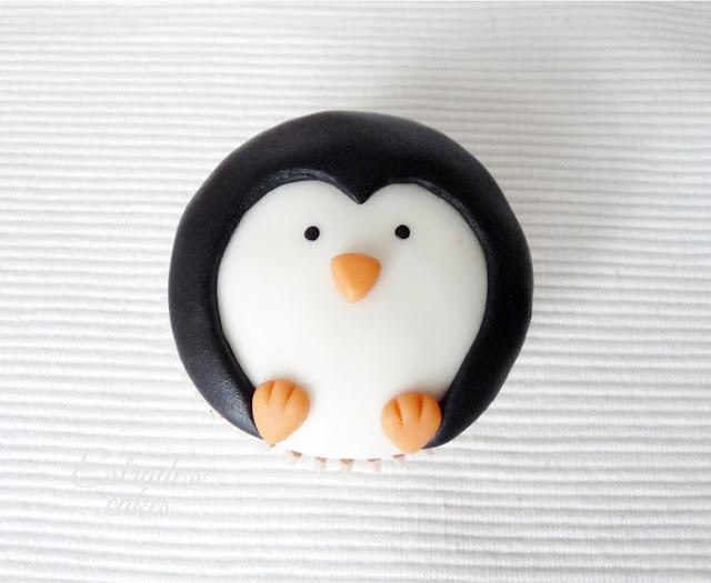 cupcakes de pingüinos con fondant - 02