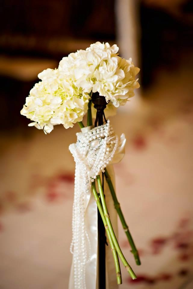 The Blooming Bride, DFW, Fort Worth, Texas, Wedding Flowers, Pearl Toss