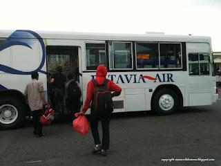 Shuttle Bus Polonia