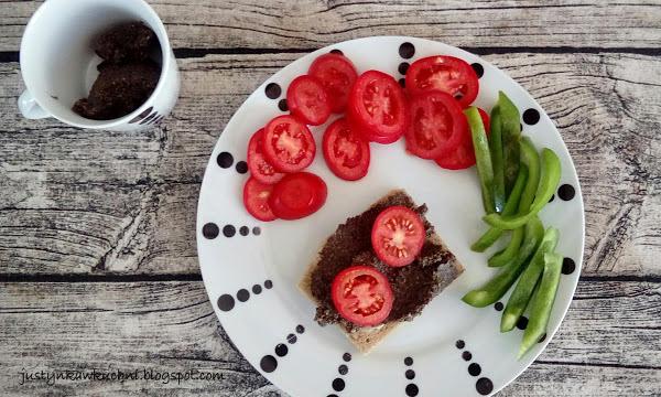 Śniadanie, pasta, oliwki, czarne oliwki, vege, wegetariańskie, Pasty i pasztety, słonecznik,