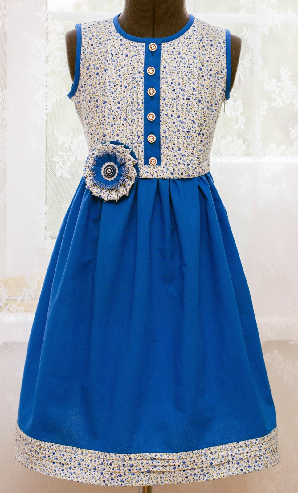 Платья василькового цвета летние