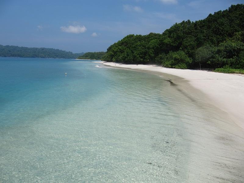 Turnamen Foto Perjalanan: Laut. Pulau Peucang, Ujung Kulon. © Catur Ary Widodo - Jejak Kecil