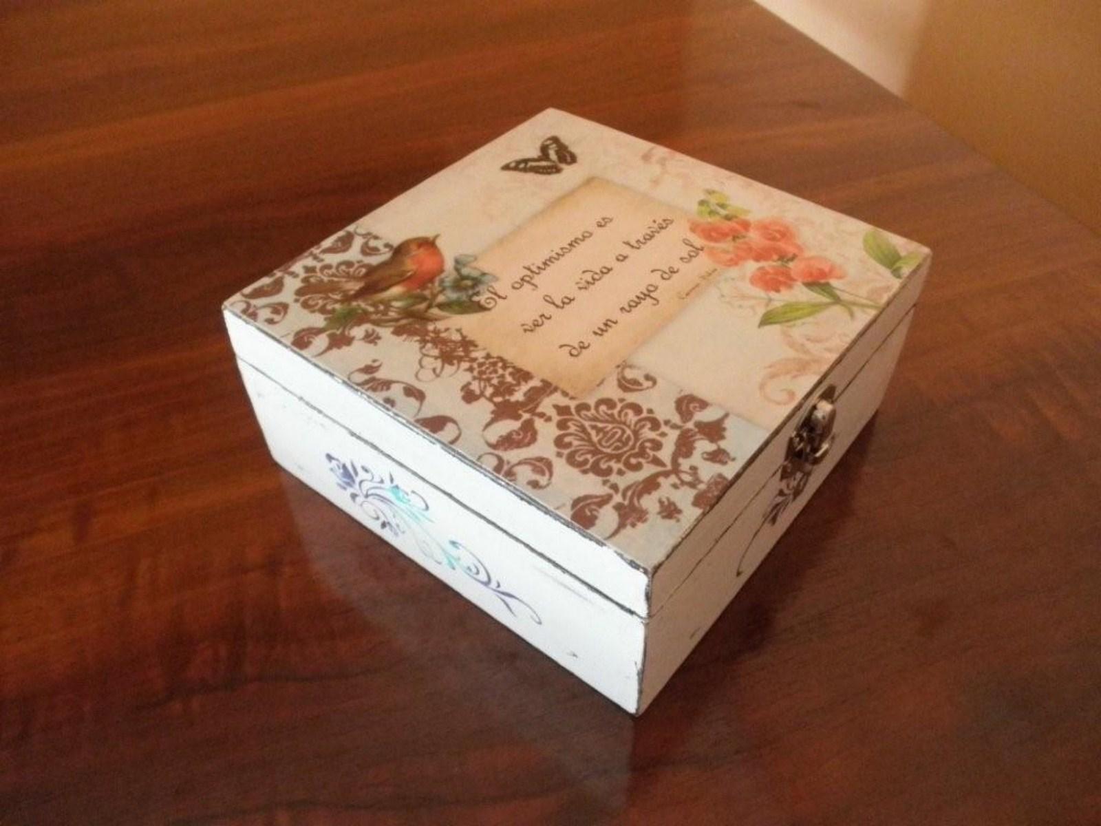Ciento volando cajas de madera pintada - Manualidades con caja de madera ...