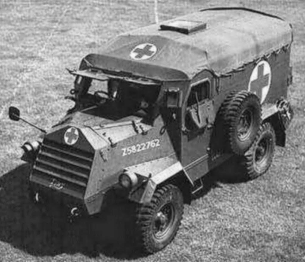 WWII photo Soldiers and ambulance armored personnel carrier M3A1 of the 4th  33#