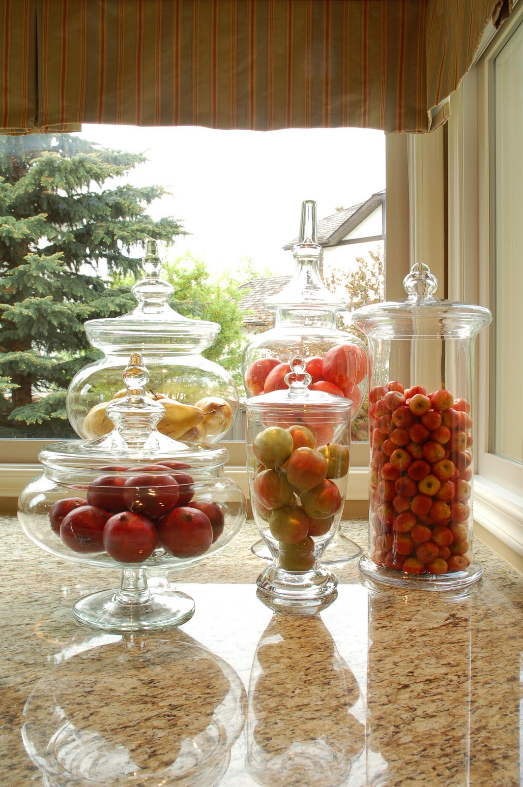The browy blog one vase three looks for Artificial pomegranate decoration