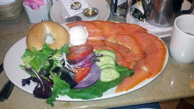 Oma's Grand Lux Café Smoked Salmon Platter
