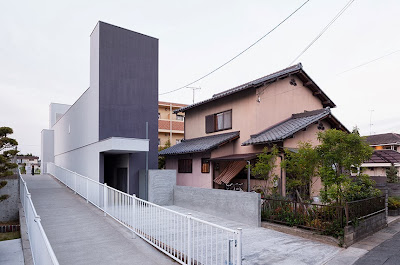 Rumah Di Lahan Sempit Memanjang 1