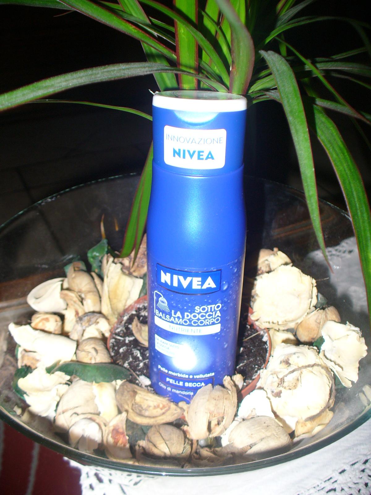 Il Blog di Manu : Sotto la doccia - Balsamo Corpo della NIVEA
