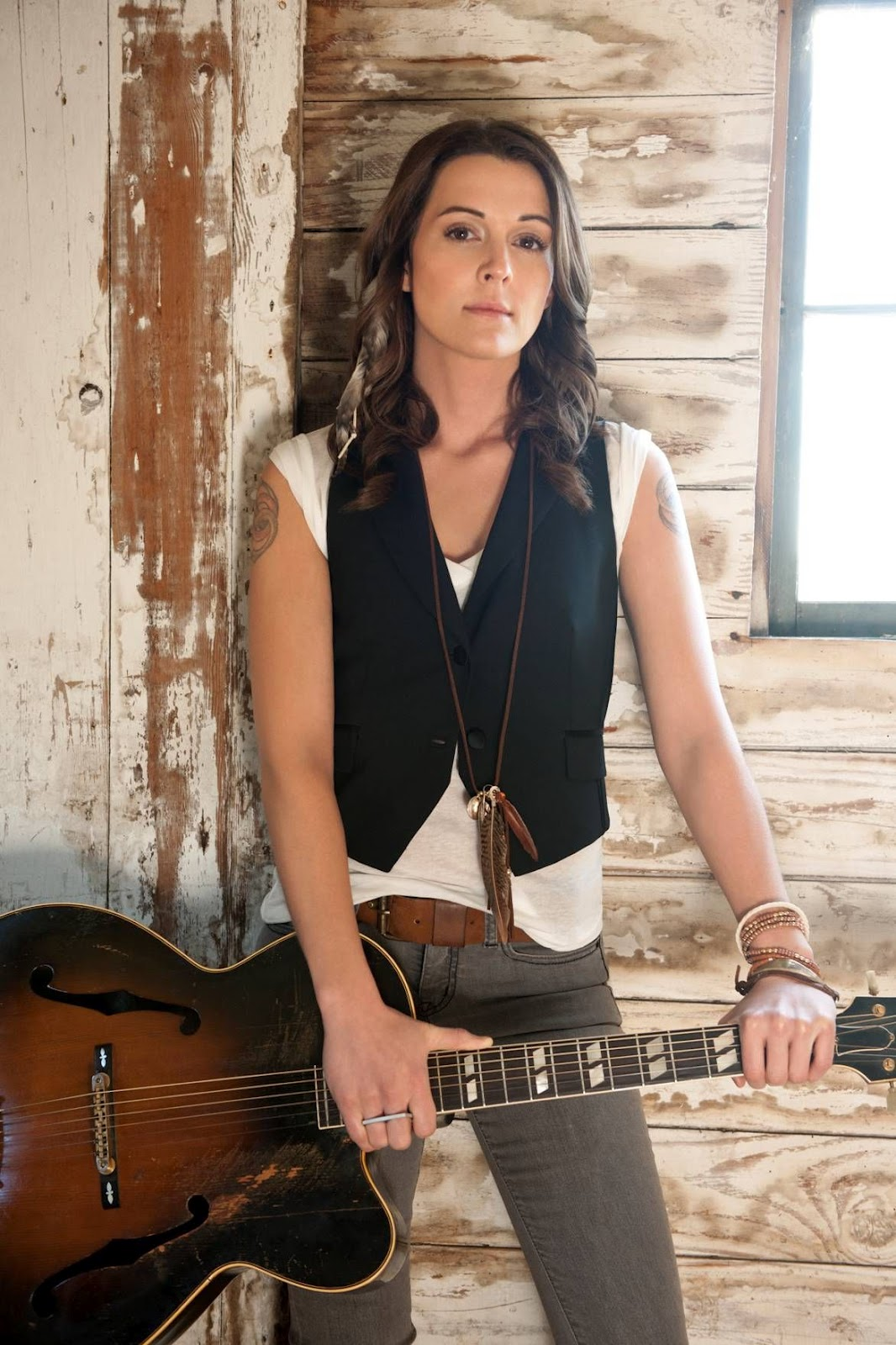 Brandi Carlile interviews with Seattle Gay News, performs free tonight