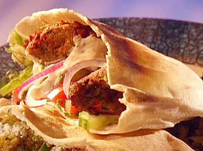 Falafel In Pita With Yogurt Sauce Recipe