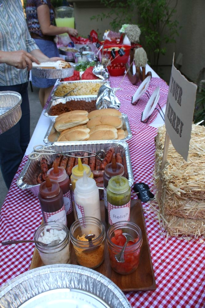 Charlotte s vintage cowgirl party for What to serve at a bbq birthday party