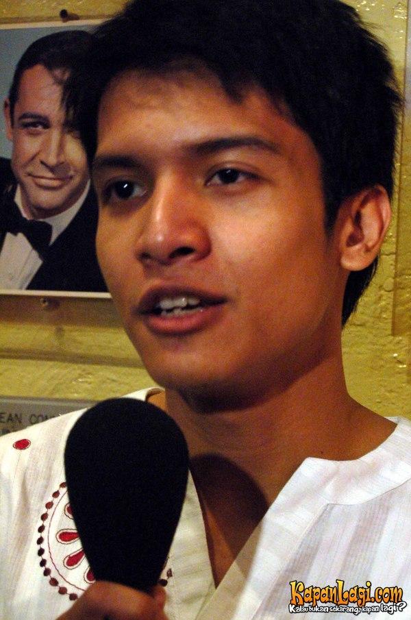 Diposkan oleh Kumpulan Foto Label: Foto-Foto Aktor Indonesia di 10.27