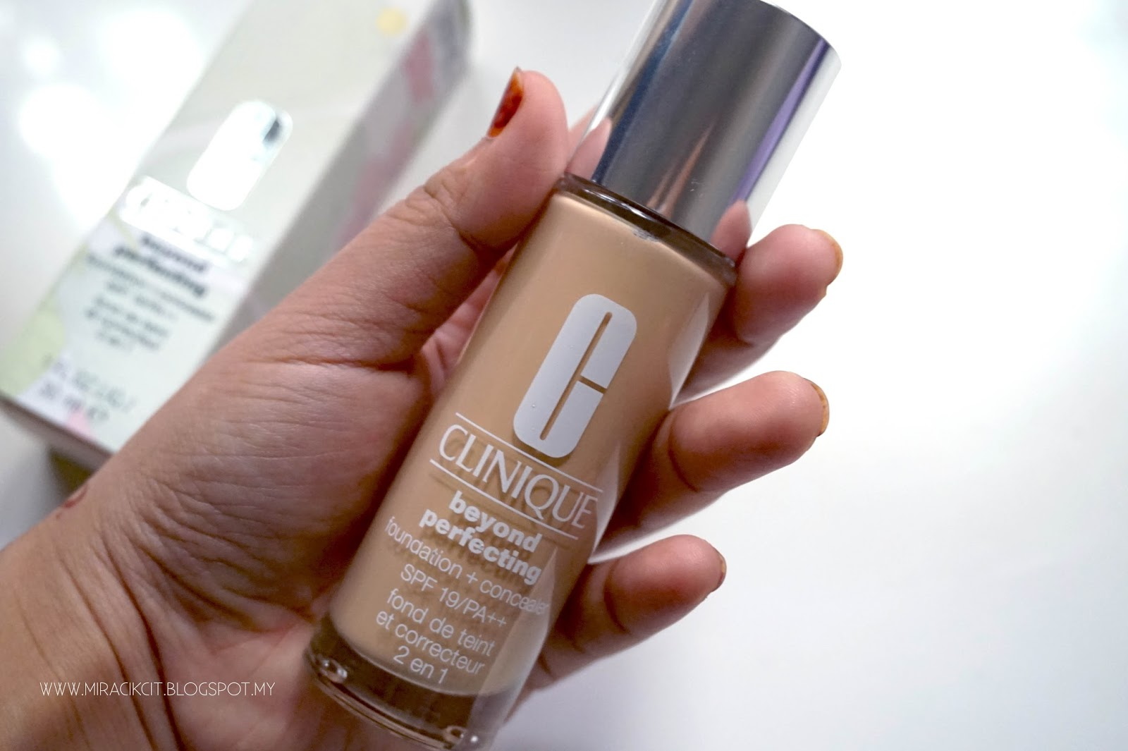 REVIEW CLINIQUE BEYOND PERFECTING FOUNDATION CONCEALER