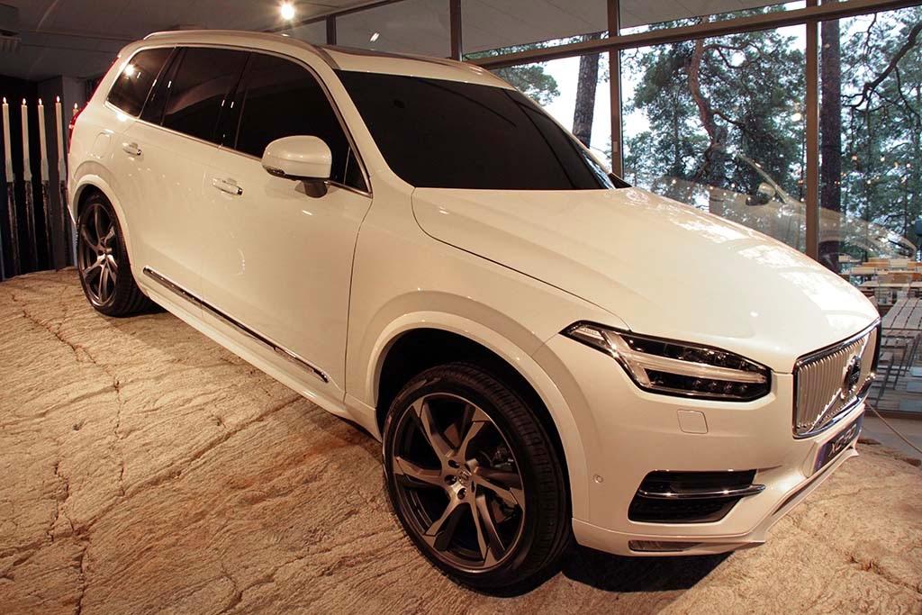 2016 Volvo XC90 D5 Concept