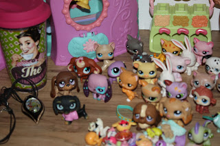 Littlest Pet Shop to sell on ebay