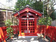 鎌倉築山稲荷