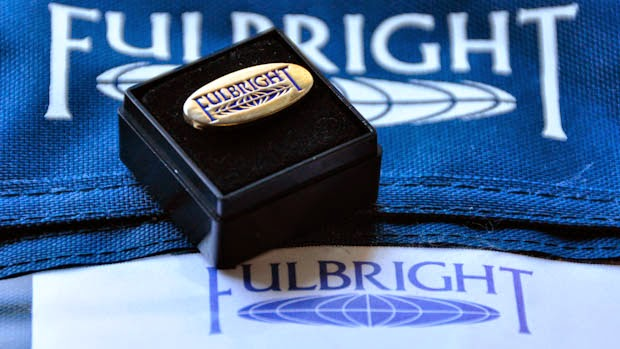 fulbright-pin-logo