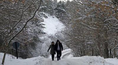 Cuaca Ekstrim Panas Dingin 2012